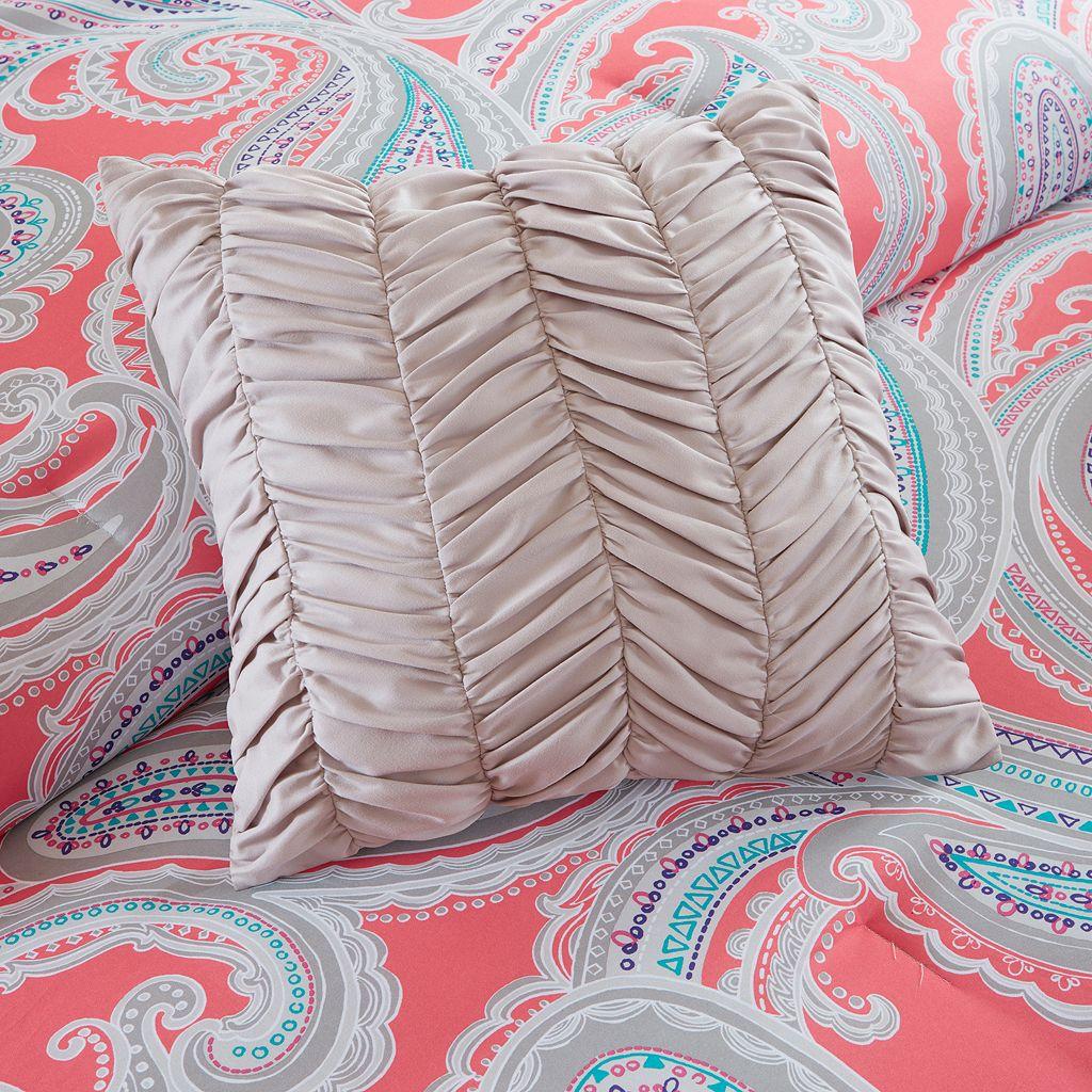 Intelligent Design Daniela Bed Set