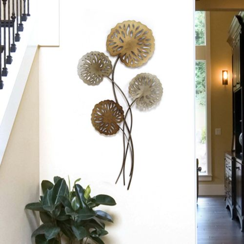 Stratton Home Decor Water Lilies Metal Wall Decor