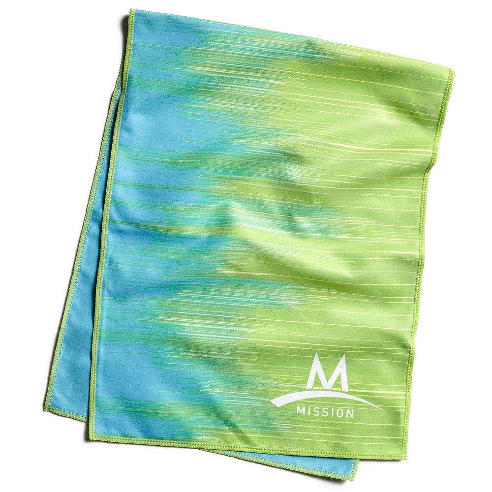Franklin Sports Cooling Towel Keeps Cool for Hours Wet//Wring Activation Snap Towel