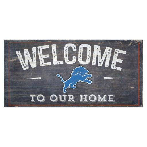Detroit Lions Distress Welcome Sign