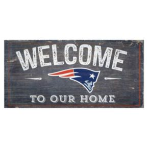 New EnglandPatriots Distress Welcome Sign