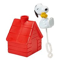 Peanuts 4-pk. Snoopy Dog House Bubbles Set by Little Kids