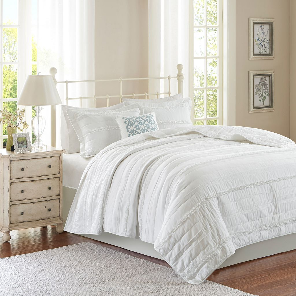 Madison Park Isabella 4-piece Coverlet Set