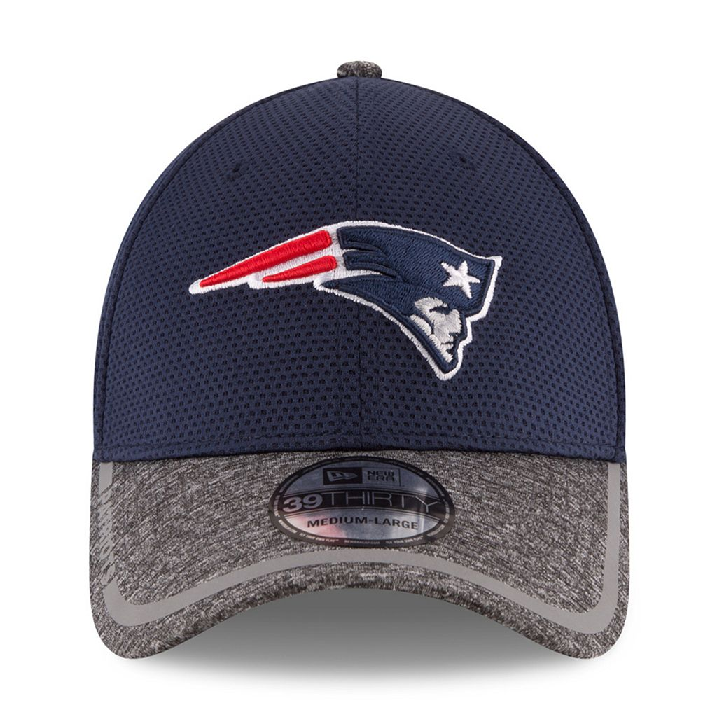Adult New Era New EnglandPatriots 39THIRTY Training Camp Fitted Cap