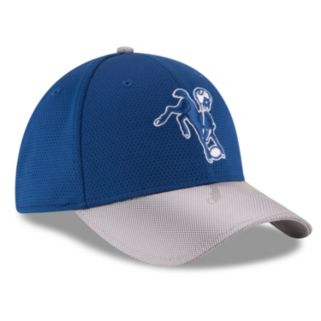 Adult New Era Indianapolis Colts 39THIRTY Sideline Flex-Fit Cap