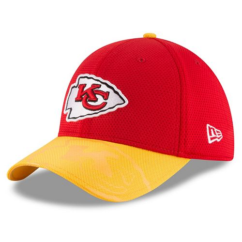 Adult New Era Kansas City Chiefs 39THIRTY Sideline Flex-Fit Cap