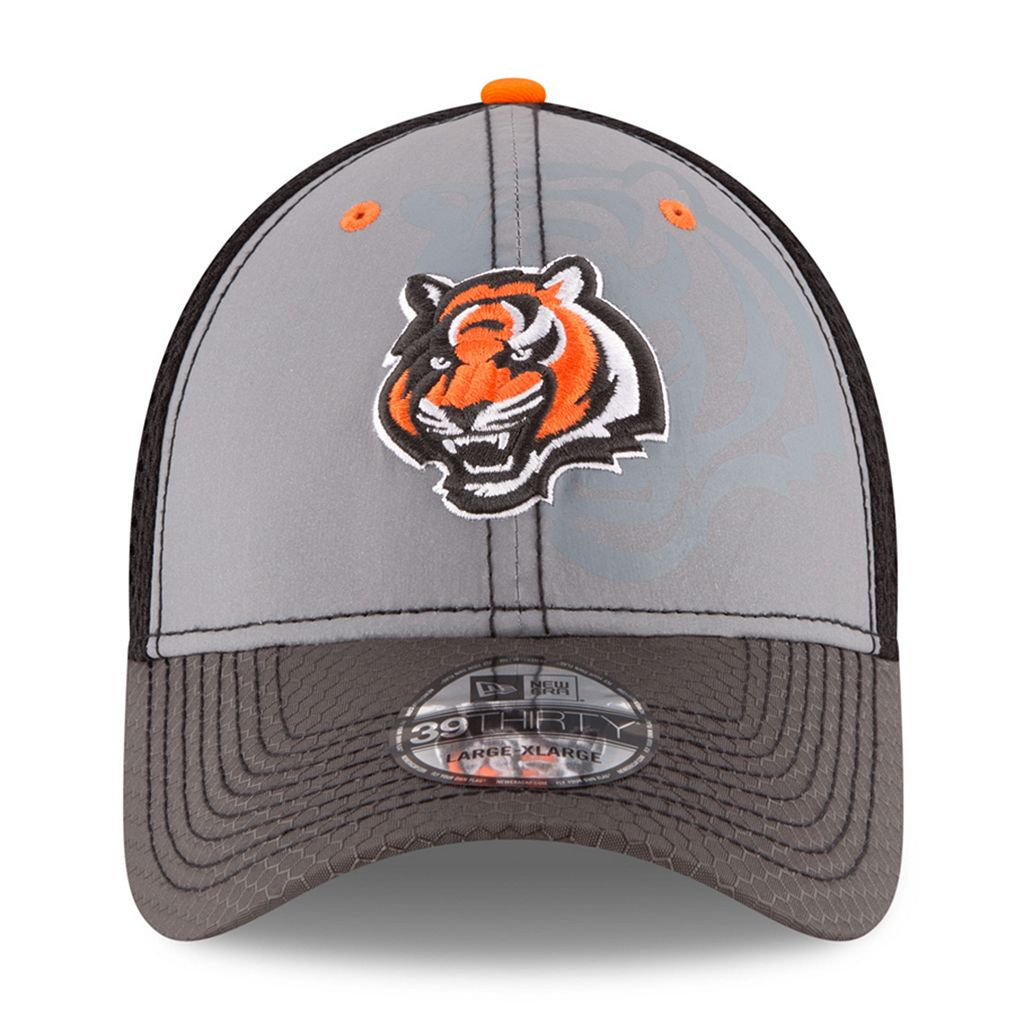 Adult New Era Cincinnati Bengals 39THIRTY Flashed Front Neo Flex-Fit Cap