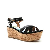 Qupid Bite Women's Platform Sandals
