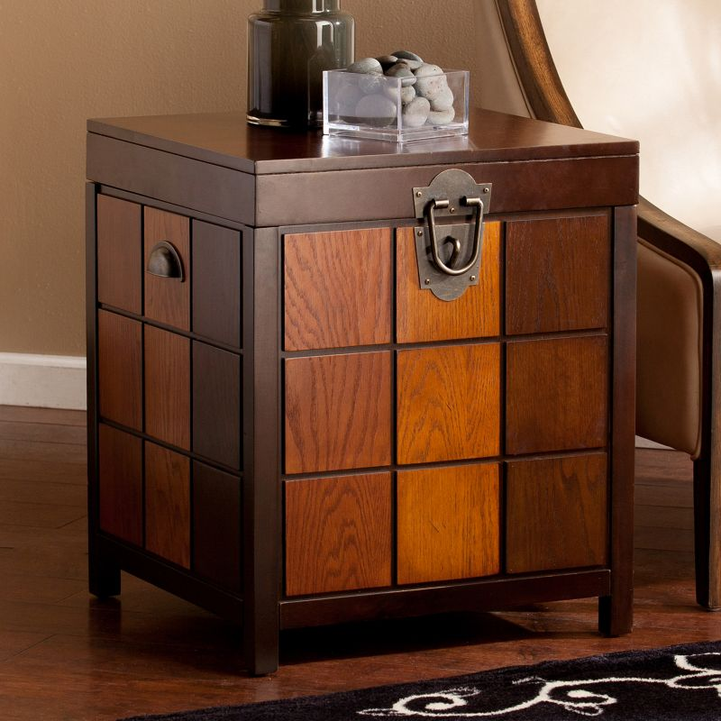 Hinton Trunk End Table, Brown