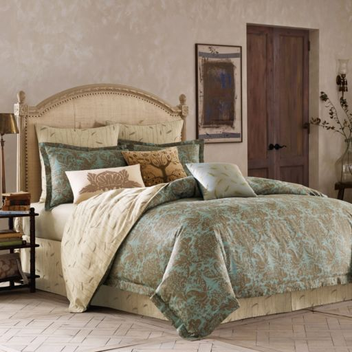 BiniChic Foscari 4-piece Bed Set