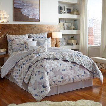 Shell Rummel Magnolia Reversible Comforter Set