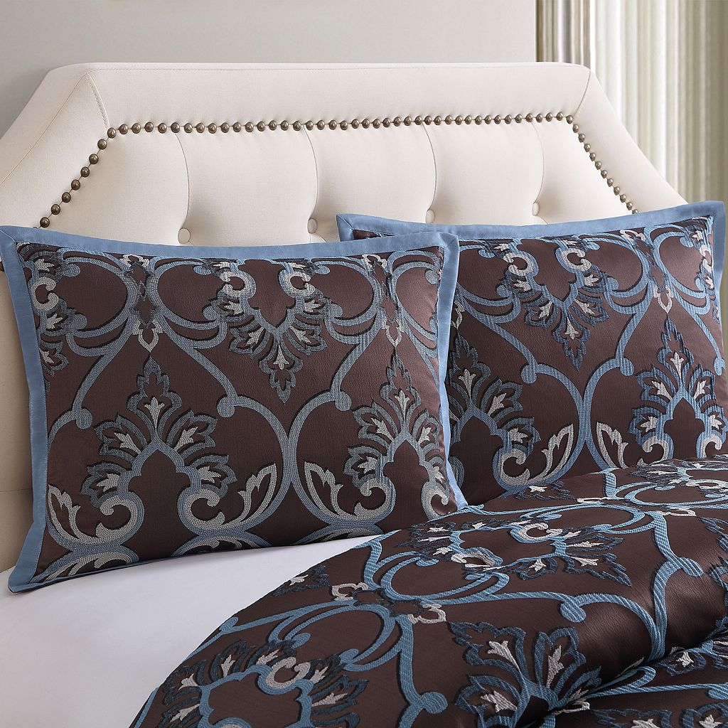 Dorian 7-piece Bed Set