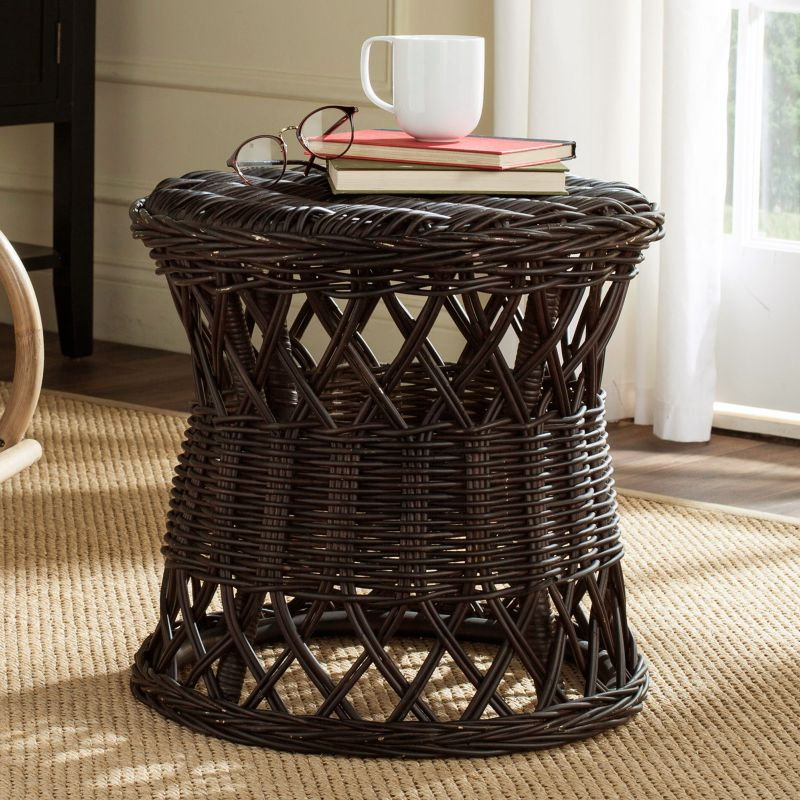 Safavieh Desta Wicker Round End Table, Brown