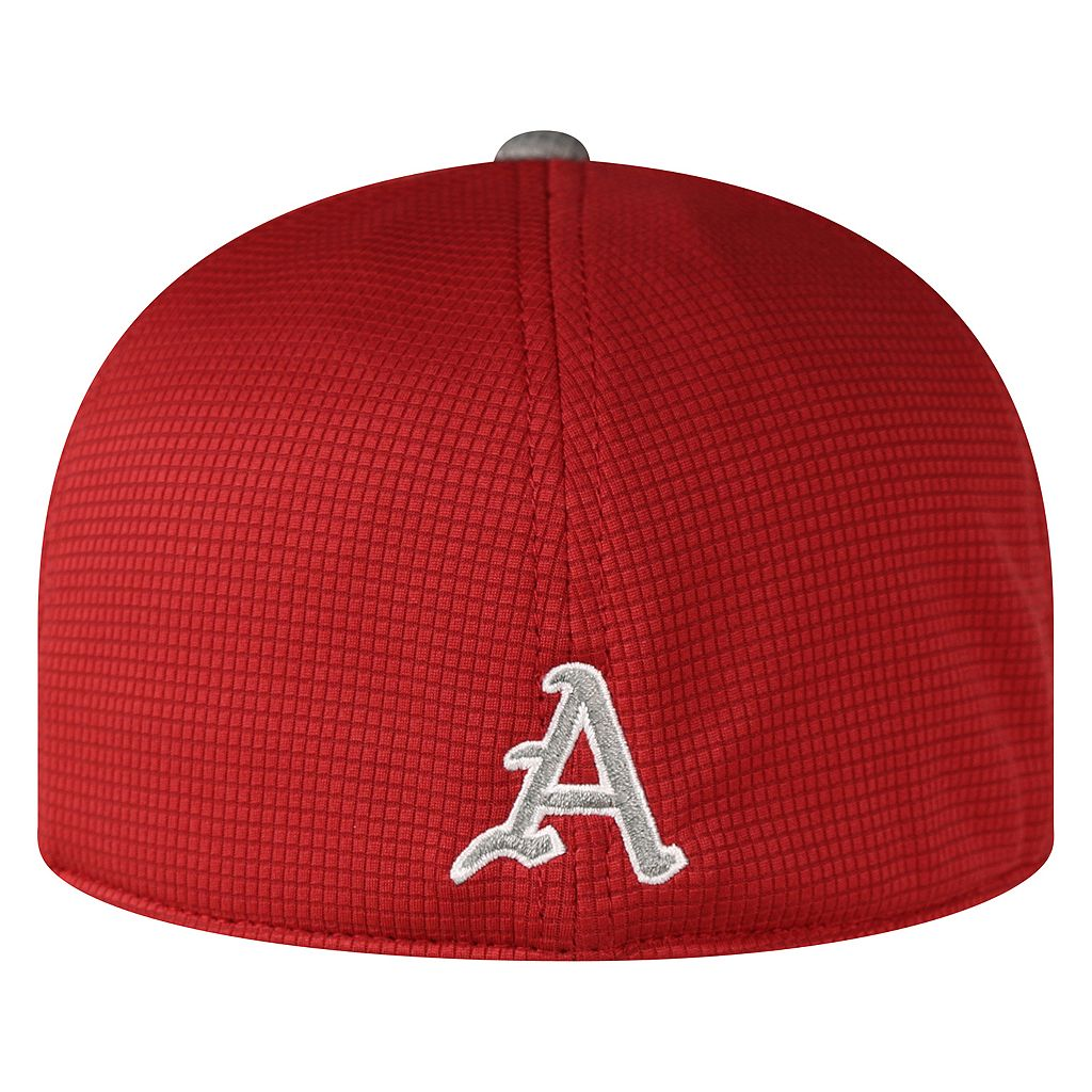Adult Top of the World Arkansas Razorbacks Booster Plus One-Fit Cap