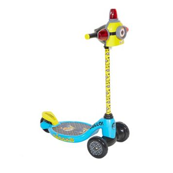 Youth Minions Lights & Sounds 3-Wheel Scooter