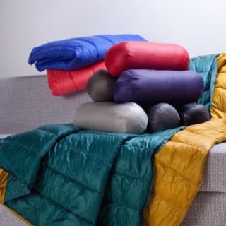 Perform PUFF Ultralight Indoor / Outdoor Throw
