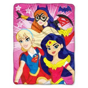 Super Hero Girls Look Sharp Throw