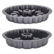 Baker's Advantage Fillable 9-in. Heart Fluted Cake Pan