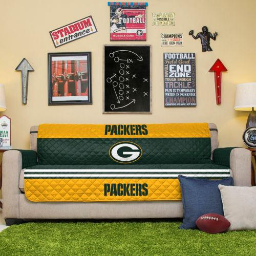 Green Bay Packers Quilted Sofa...