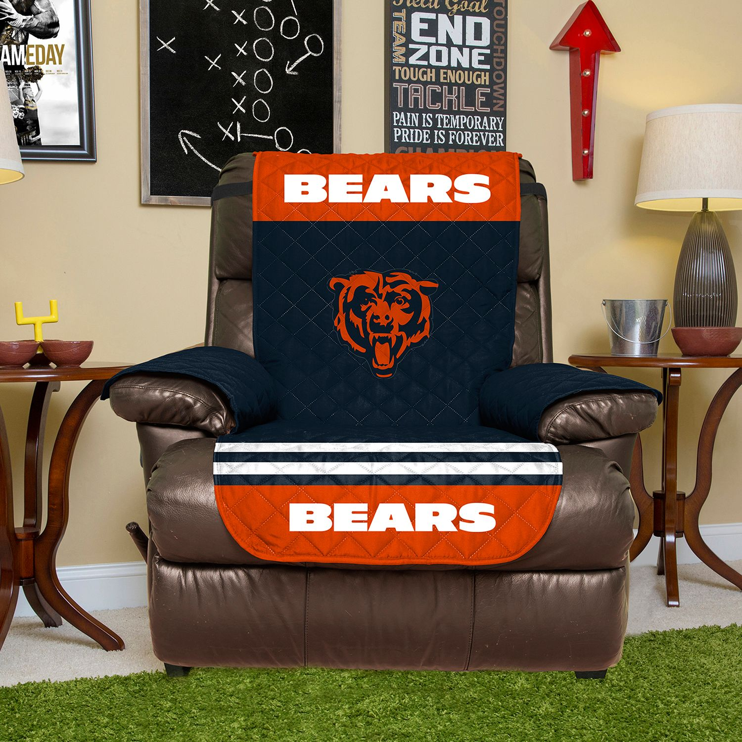 & Chicago Bears Quilted Recliner Chair Cover