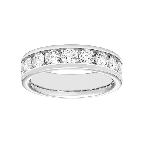 14k Gold 1 1/2 Carat T.W. Diamond Anniversary Ring