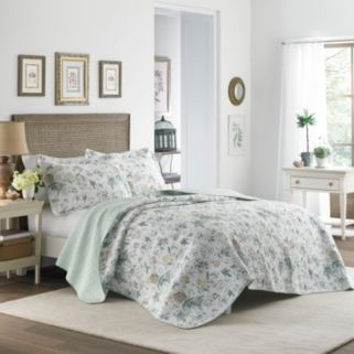 Laura Ashley Lifestyles Breezy Floral Quilt Set