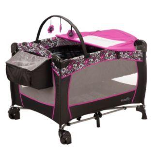 Evenflo Daphne Deluxe Portable BabySuite Playard
