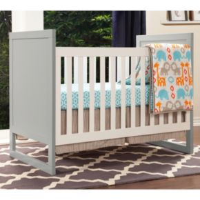 Baby Mod Modena Mod Two-Tone 3-in-1 Convertible Crib