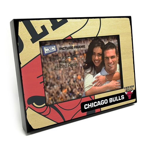 "Chicago Bulls 4"" x 6"" Wooden Frame"