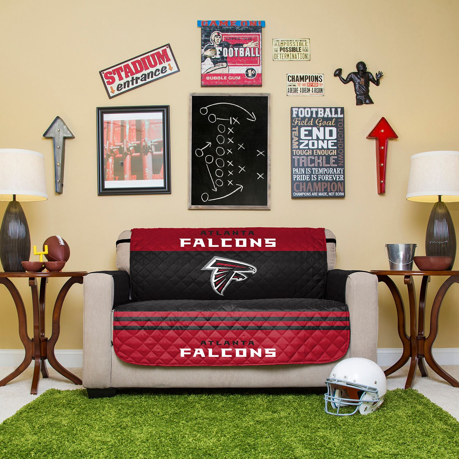 Gentil Atlanta Falcons Quilted Loveseat Cover
