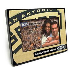 San Antonio Spurs 4' x 6' Wooden Frame