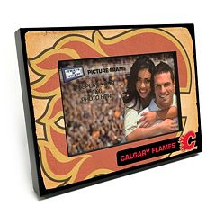 Calgary Flames Vintage 4' x 6' Wooden Frame