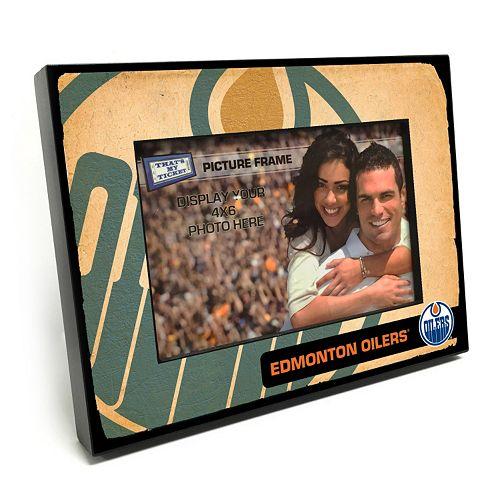 "Edmonton Oilers Vintage 4"" x 6"" Wooden Frame"