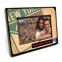 New York Rangers Vintage 4' x 6' Wooden Frame