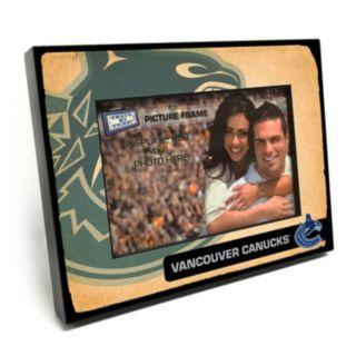 """Vancouver Canucks Vintage 4"""" x 6"""" Wooden Frame"""