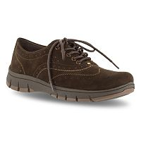 Easy Street Lucky Women's Wingtip Shoes