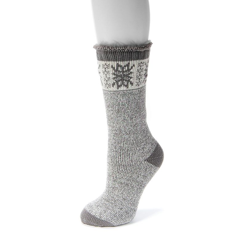 Women's MUK LUKS Thermal Socks, Grey Embrace comfort when you step into these comfy women's thermal socks from MUK LUKS. Fuzzy lining Thick cushioning Colorblock toe & heel FIT & Sizing Fits shoe sizes 5-11 Fabric & Care Acrylic, polyester & spandex Machine wash - gentle Imported Size: One Size. Color: Grey. Gender: Female. Age Group: Adult.