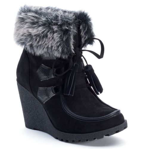 Peg Women's Wedge Ankle Boots