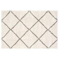 Safavieh Bella Lattice Shag Rug