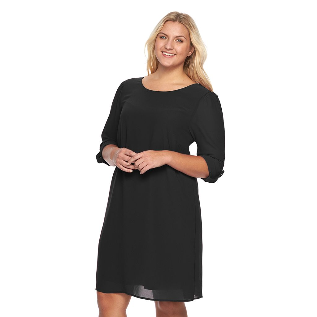 Juniors' Plus Size Speechless V-Back Roll-Tab Shift Dress