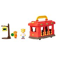 Daniel Tiger's Neighborhood Deluxe Electronic Trolley