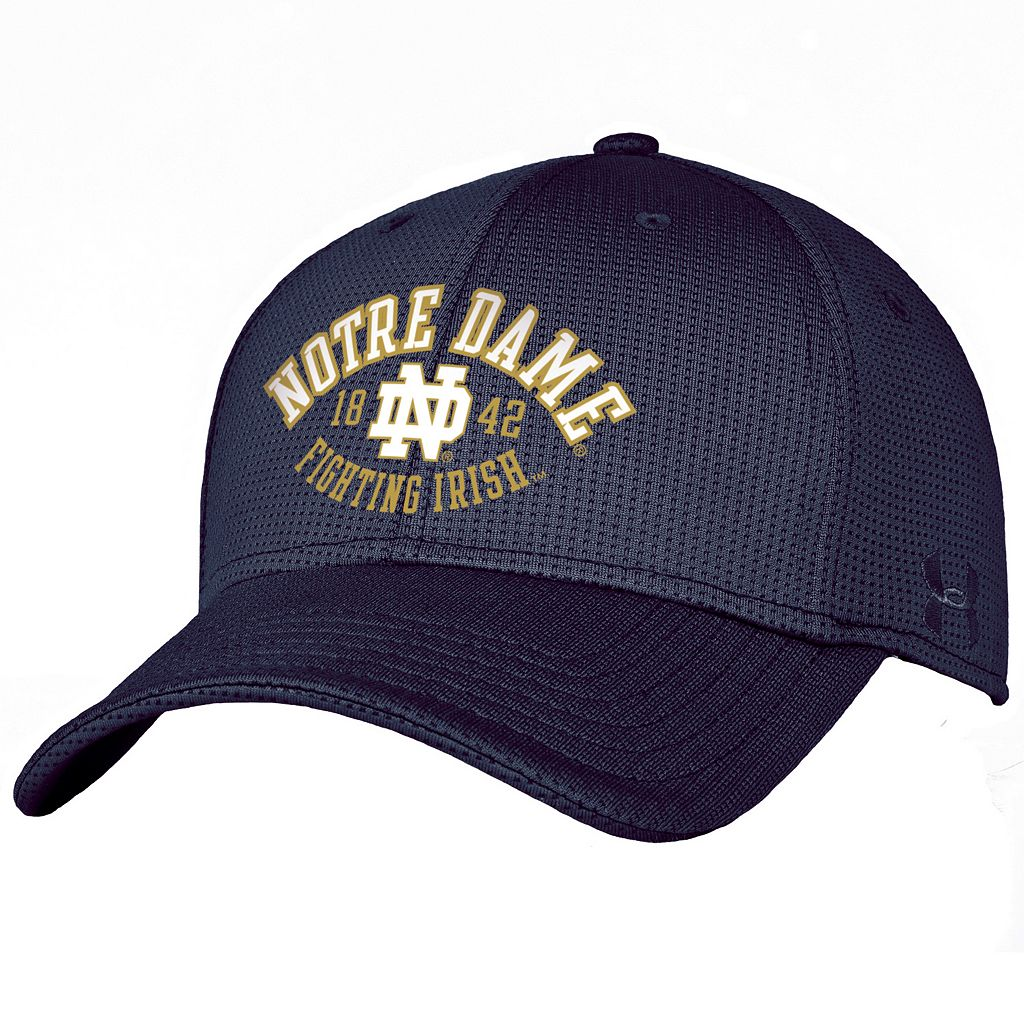 Adult Under Armour Notre Dame Fighting Irish Blitzing Stretch-Fit Cap