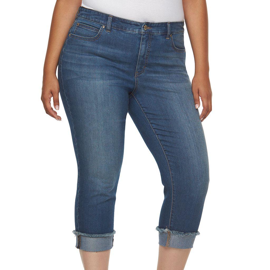 Plus Size Jennifer Lopez Frayed Roll-Cuff Capri Jeans