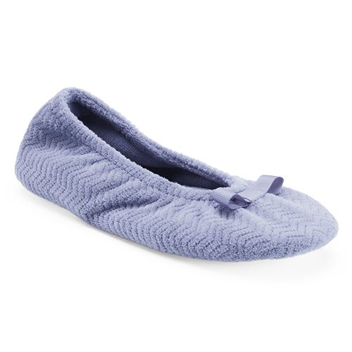 e7afe133cdc isotoner Women s Chevron Ballet Slippers