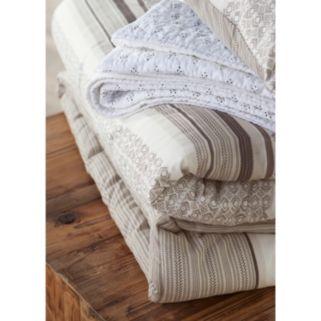 SONOMA Goods for Life™ Pyla Comforter Set