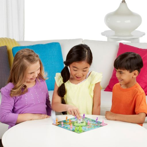 DreamWorks Trolls in Trouble Game by Hasbro