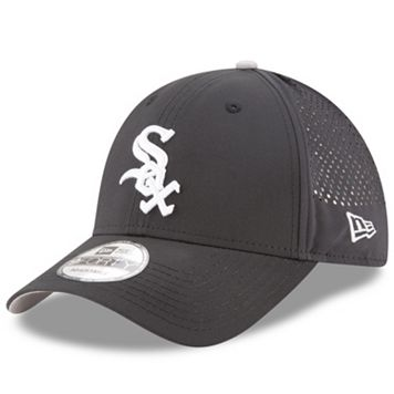 Adult New Era Chicago White Sox 9FORTY Perf Pivot Adjustable Cap