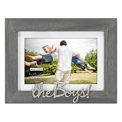 'The Boys' 4' x 6' Distressed Frame