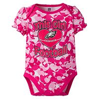 Baby Girl Philadelphia Eagles Loves Football Camo Bodysuit
