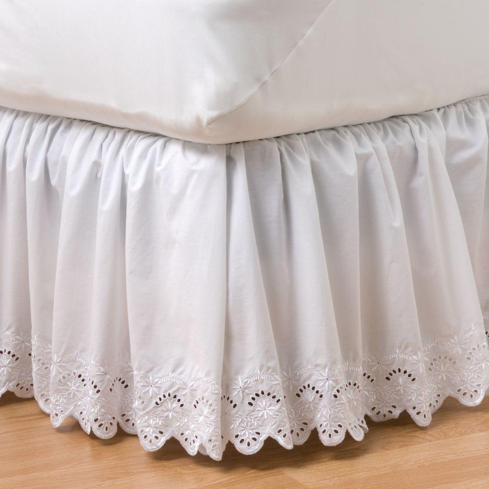 classics® eyelet bedskirt - full